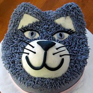 Smokey the Cat Cake