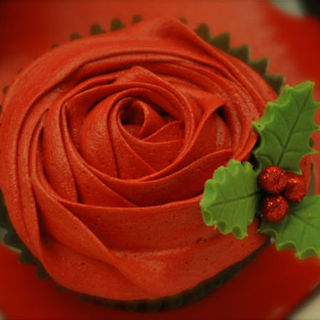 Christmas Rosette Cupcakes