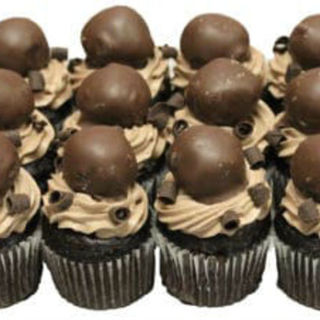 Mini Chocolate Dream Cupcakes