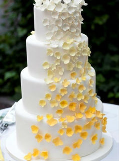 Yellow Ombre Flower Cake