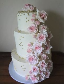 Trail of Roses Cake