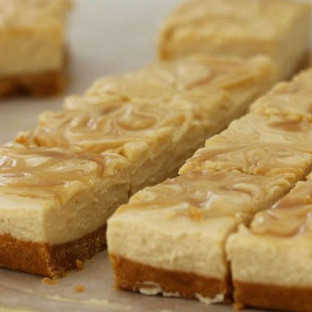 Caramel Cheesecake Slice