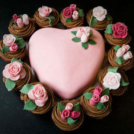 Heart Cake & Floral Cupcakes