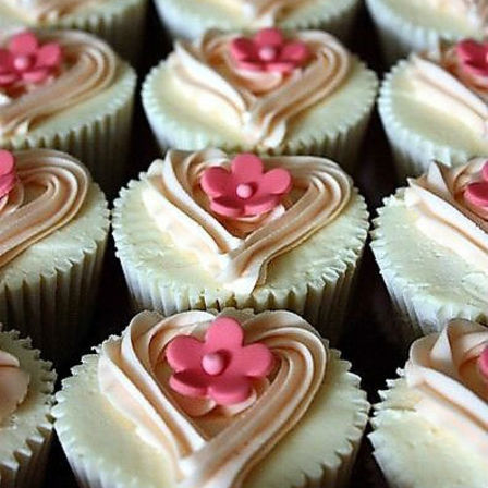 Floral Heart Cupcakes