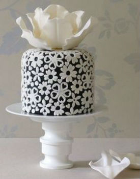 Black & White Flower Power Cake